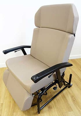 Bariatric Height Adjustable Reclining Chair